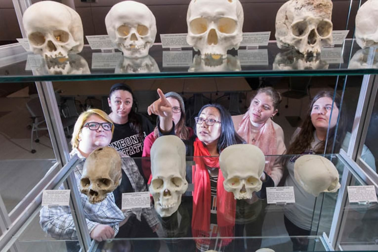 Sallie Han, associate professor of anthropology, and students in her Exhibiting Cultures in Museums course