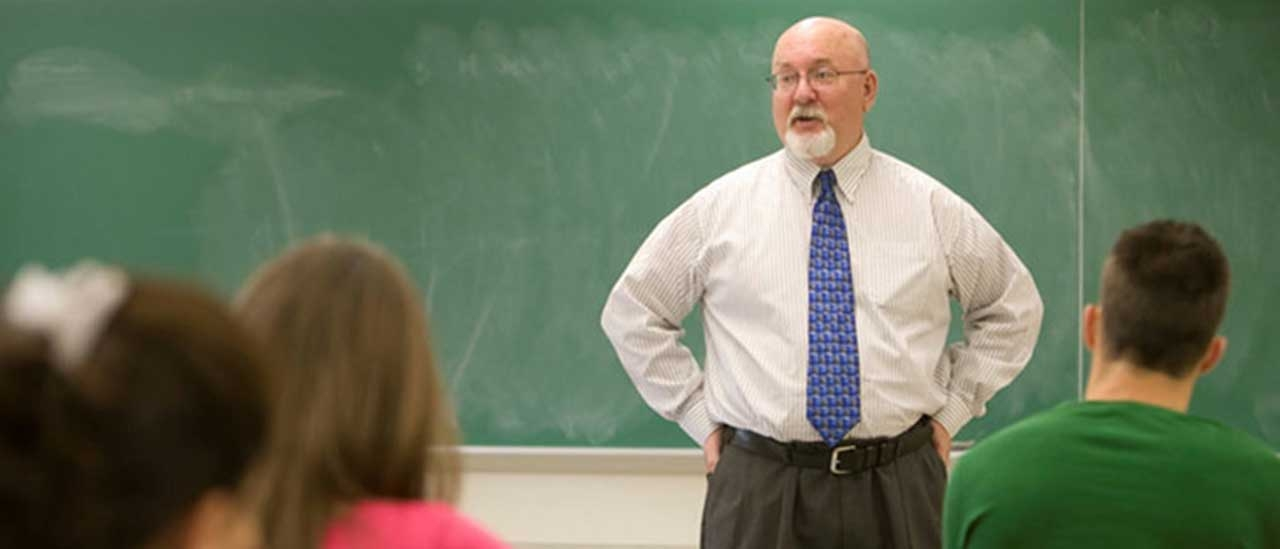 SUNY Oneonta Professor of English and English Department Chair Daniel Payne has been appointed to the rank of SUNY Distinguished Teaching Professor.