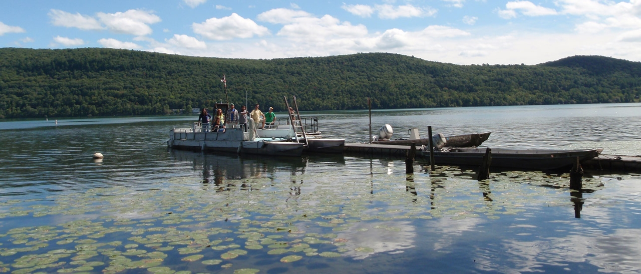 Otsego Lake Cooperstown NEW YORK with Boat and students