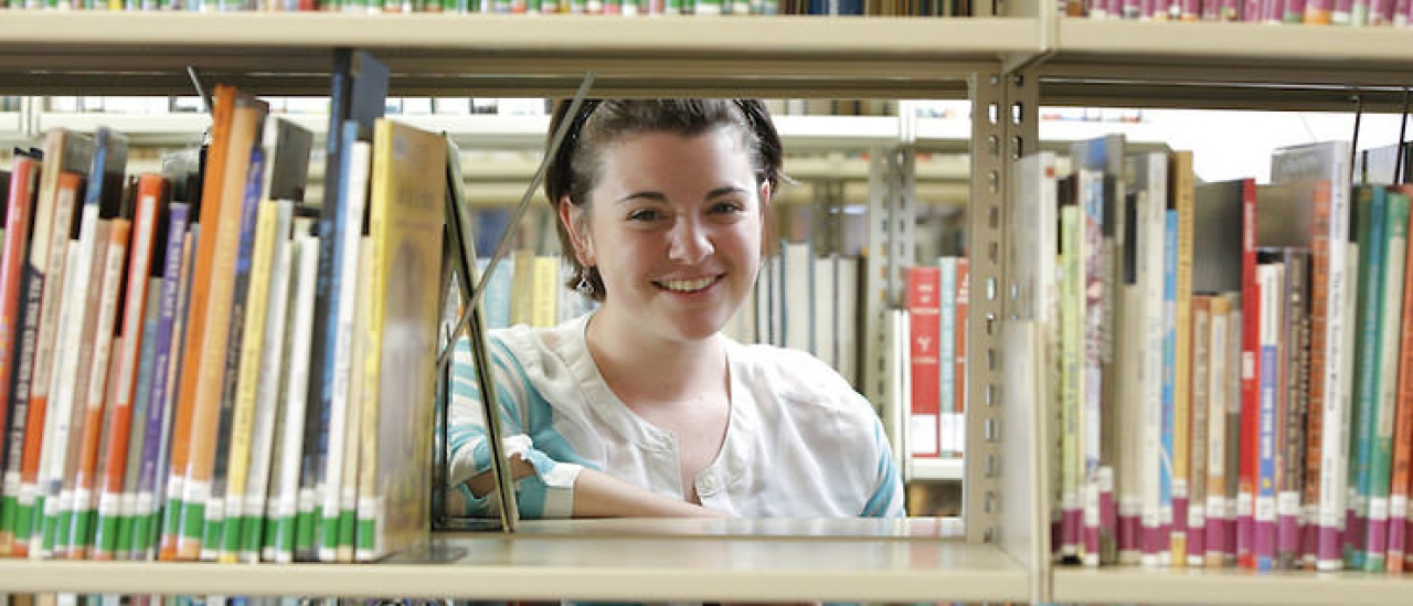 Tara Resch'15 is pursuing a dual master's in library science and children's literature at Simmons College.